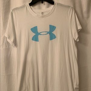 Women's Under Armour T-shirt Medium